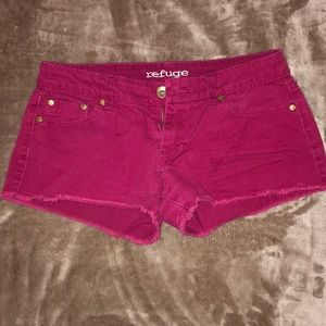 Dark red low rise jean shorts